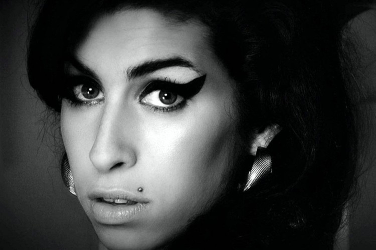 1401x788-amy-winehouse-documentary_Fotor
